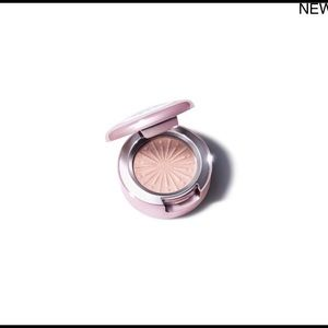 Mac Sparktacular Frosted Firework Holiday